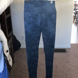 Size S Alo denim print leggings, worn ONCE